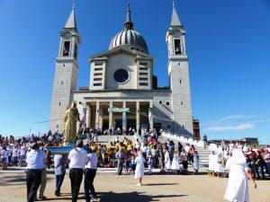 Au Collé Don Bosco, la famille salésienne ouvre le bicentenaire