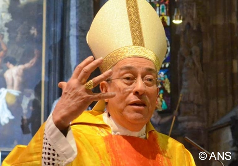 Cardinal Rodríguez Maradiaga : le Coronavirus a mis à genoux un monde « plein d'orgueil »