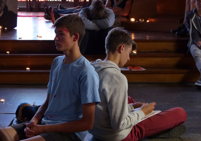 Comment éveiller à l'intériorité les jeunes en quête de spiritualité et de sens ?