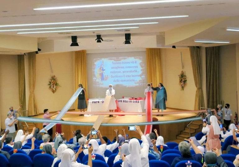 Chapitre Général des sœurs salésiennes: au cœur de la vie de la congrégation et des 12000 sœurs, dans 97 pays !
